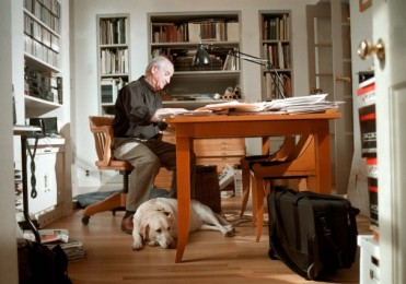 The architect, who died March 12 at his home in Princeton, N.J., was one of the most prominent nationally in his field. Michael Graves celebrated the 50th anniversary of his architecture and design firm in 2014. The Indianapolis native, pictured with his yellow labrador, Sara, in his Princeton studio in 2001, set down roots in the New Jersey university town. Jonathan Cohen/For The Washington Post