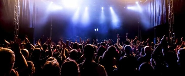 728-x-300px-crowd-concert-stage-our-pick